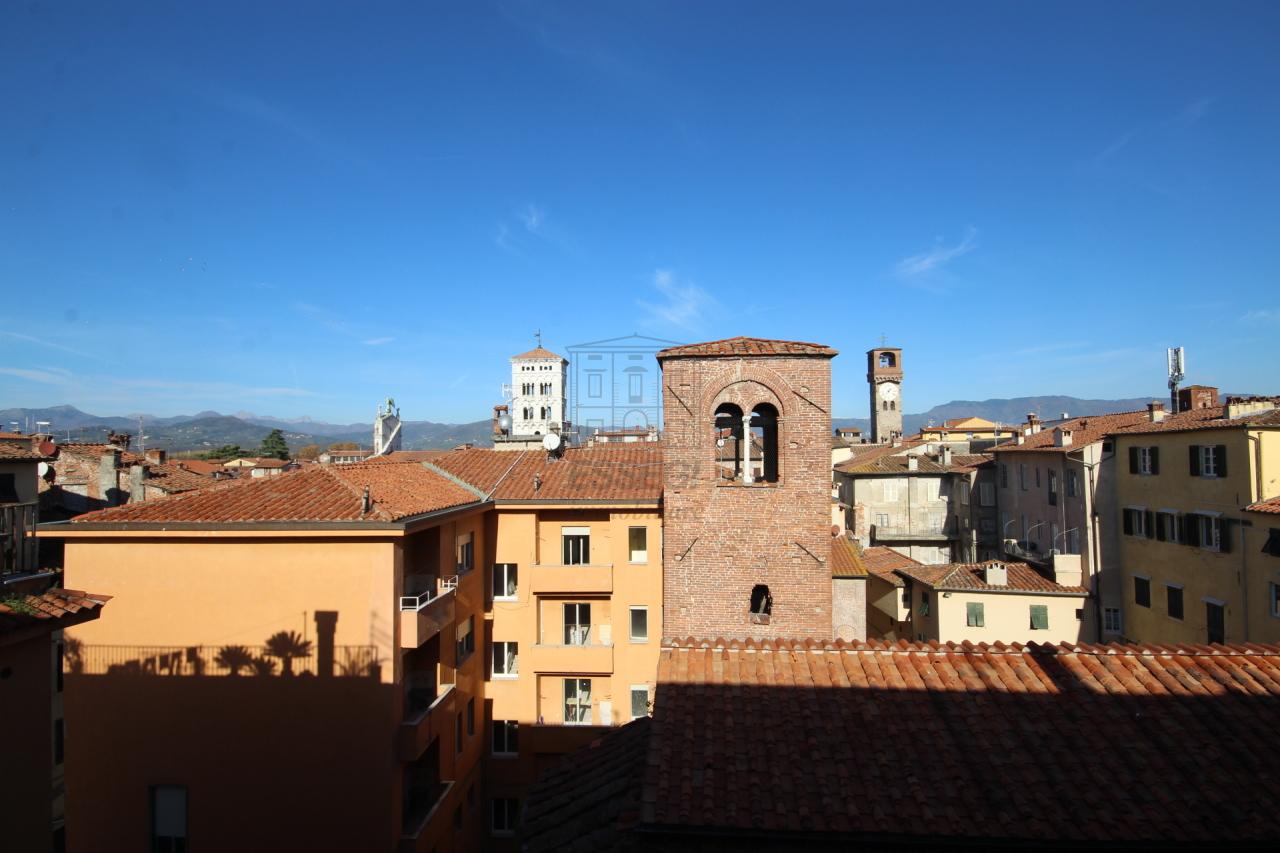 Appartamento Lucca Centro storico IA02933 img 11