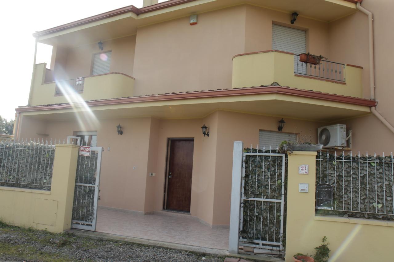 Villa a Schiera in Vendita a Decimoputzu