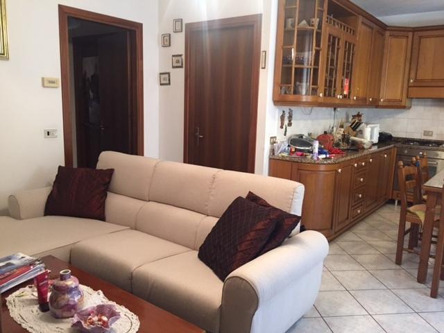 Appartamento in vendita a Resana, 4 locali, prezzo € 97.000   Cambio Casa.it