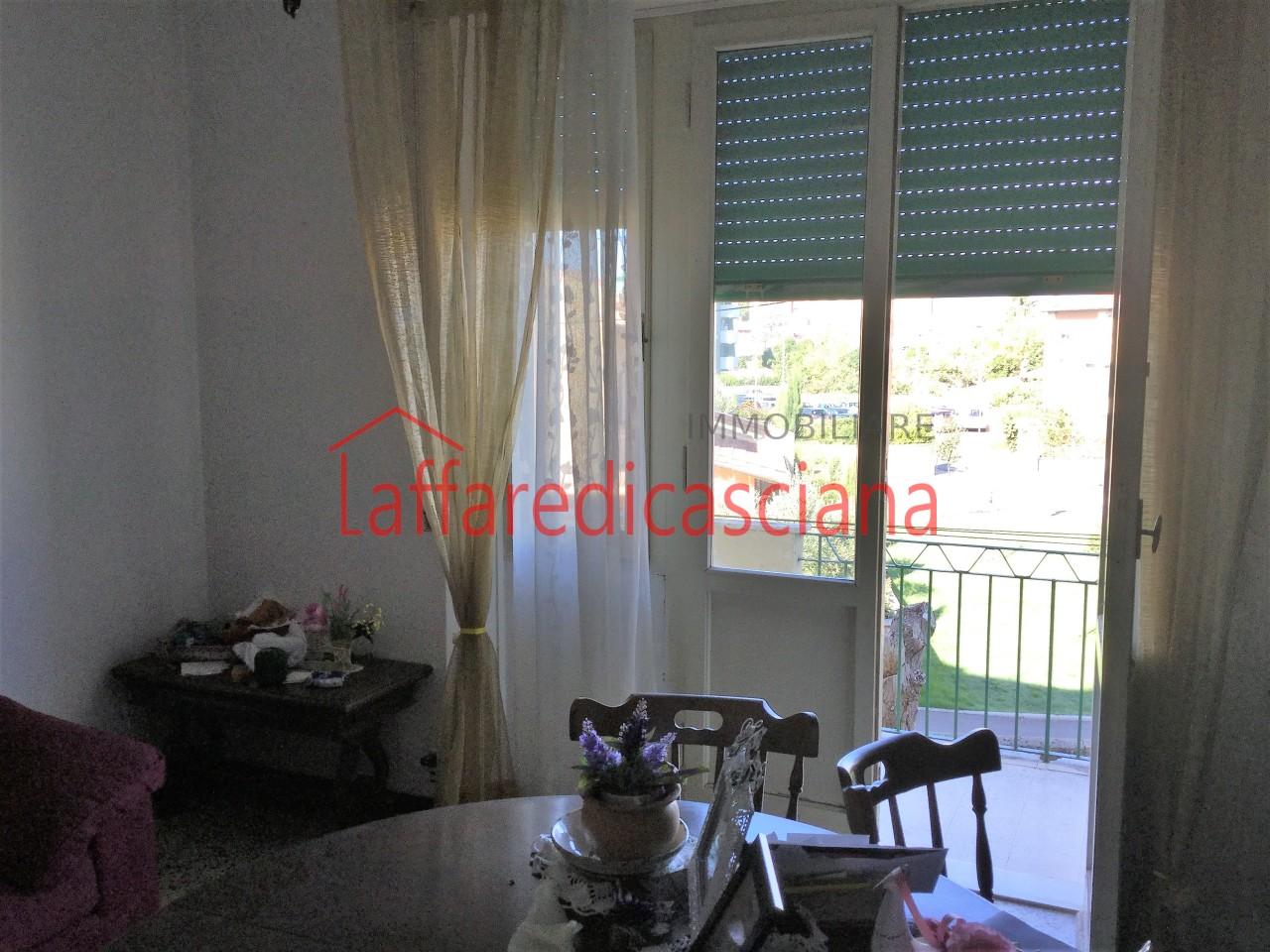 Appartamento in vendita a Pontedera, 4 locali, prezzo € 95.000   CambioCasa.it