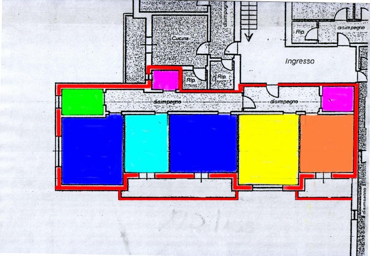 Appartamento in vendita a Ponte Buggianese, 5 locali, prezzo € 75.000 | CambioCasa.it