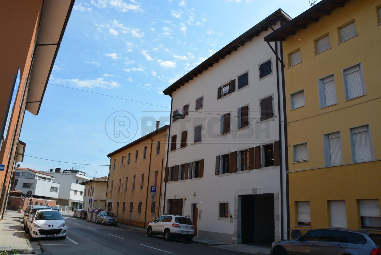 Appartamento in vendita a Palmanova, 5 locali, prezzo € 139.000 | Cambio Casa.it