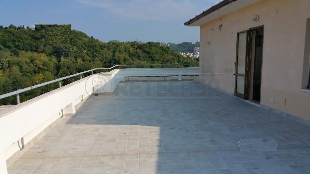 Bilocale Ancona Via Villarey 2