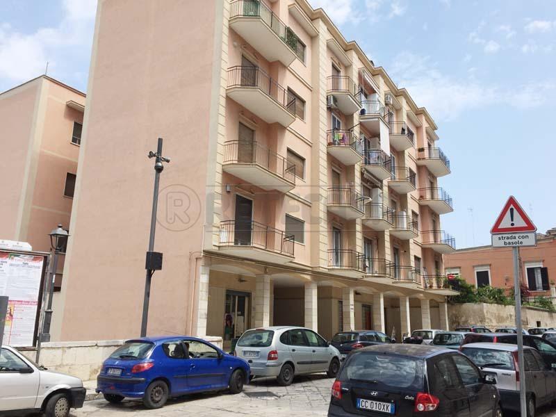 Appartamento in vendita a Bisceglie, 4 locali, prezzo € 110.000 | Cambio Casa.it