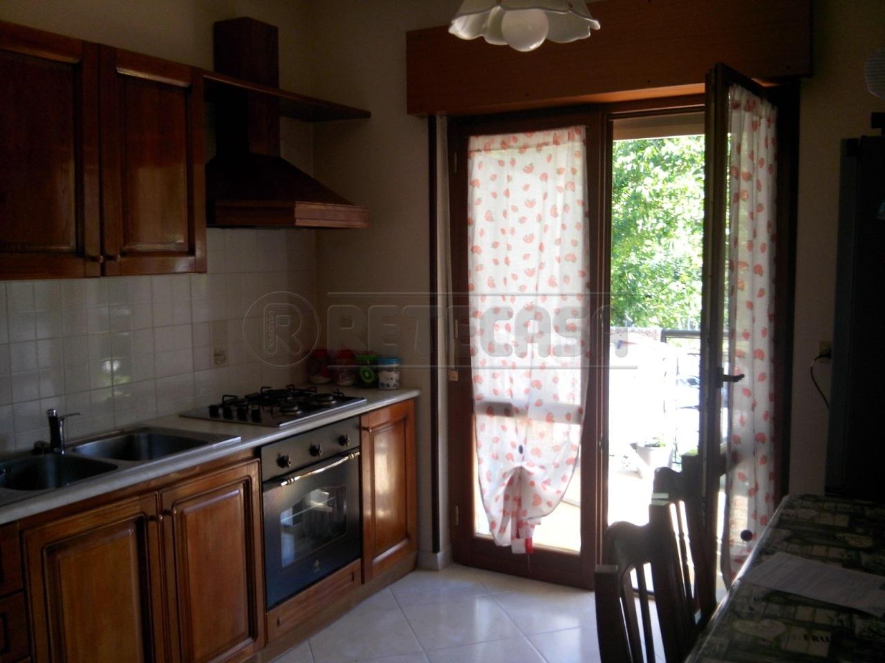 Appartamento in vendita a Montoro, 3 locali, prezzo € 88.000 | Cambio Casa.it