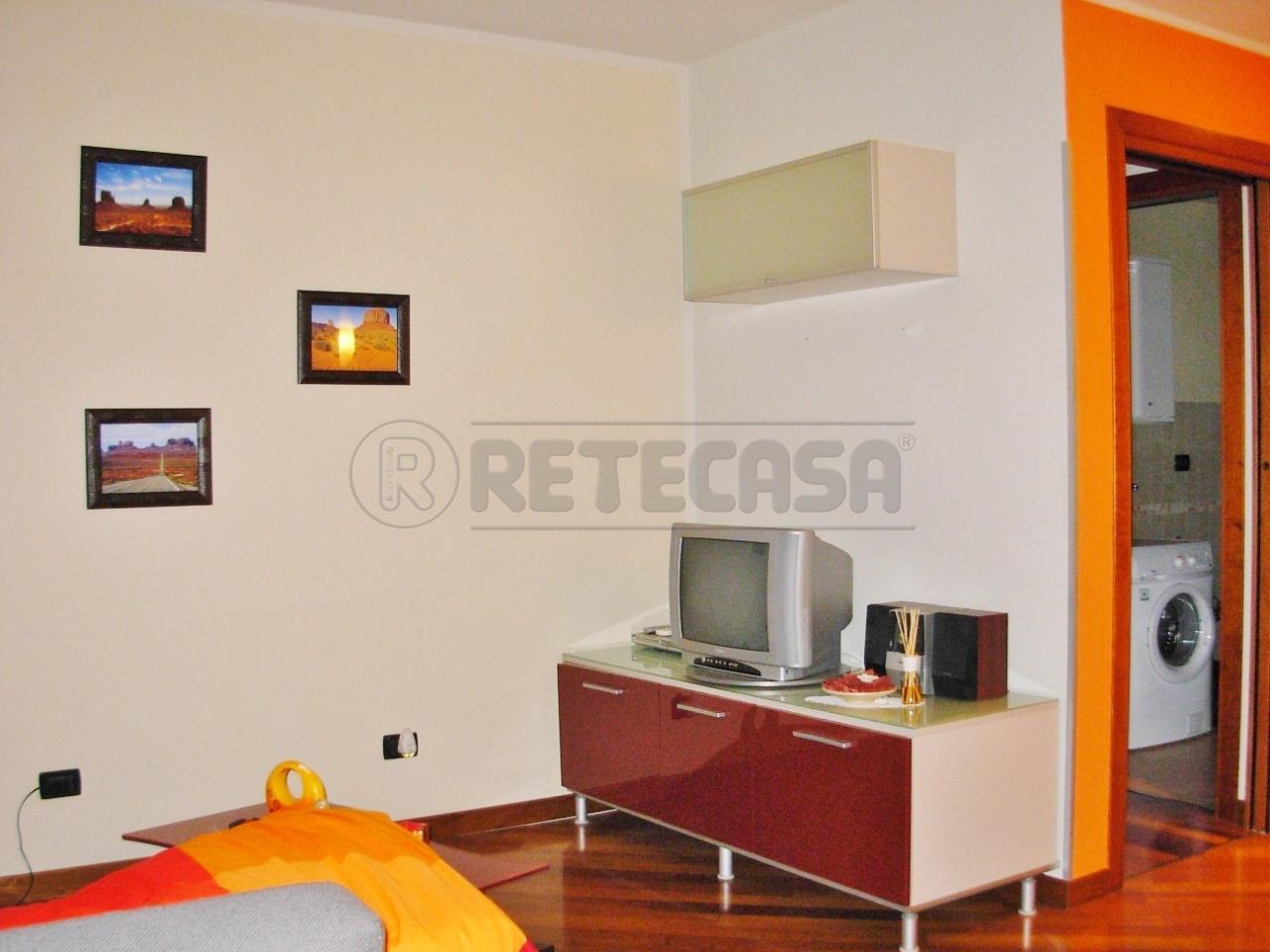 Appartamento in affitto a Gambellara, 4 locali, prezzo € 430   Cambio Casa.it