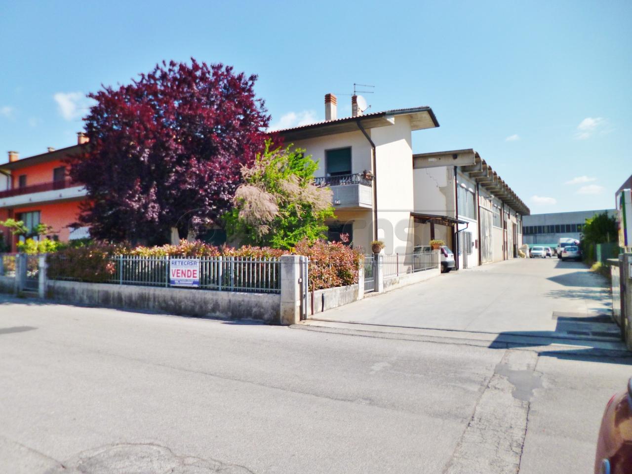 Capannone in Vendita a Montebello Vicentino