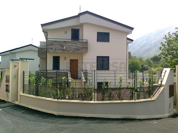 Villa a Schiera in Vendita a San Felice a Cancello