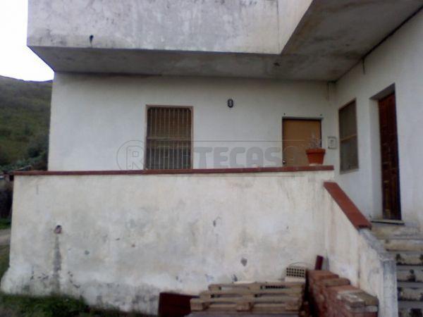 Casa semi-indipendente in vendita a Catanzaro (CZ)