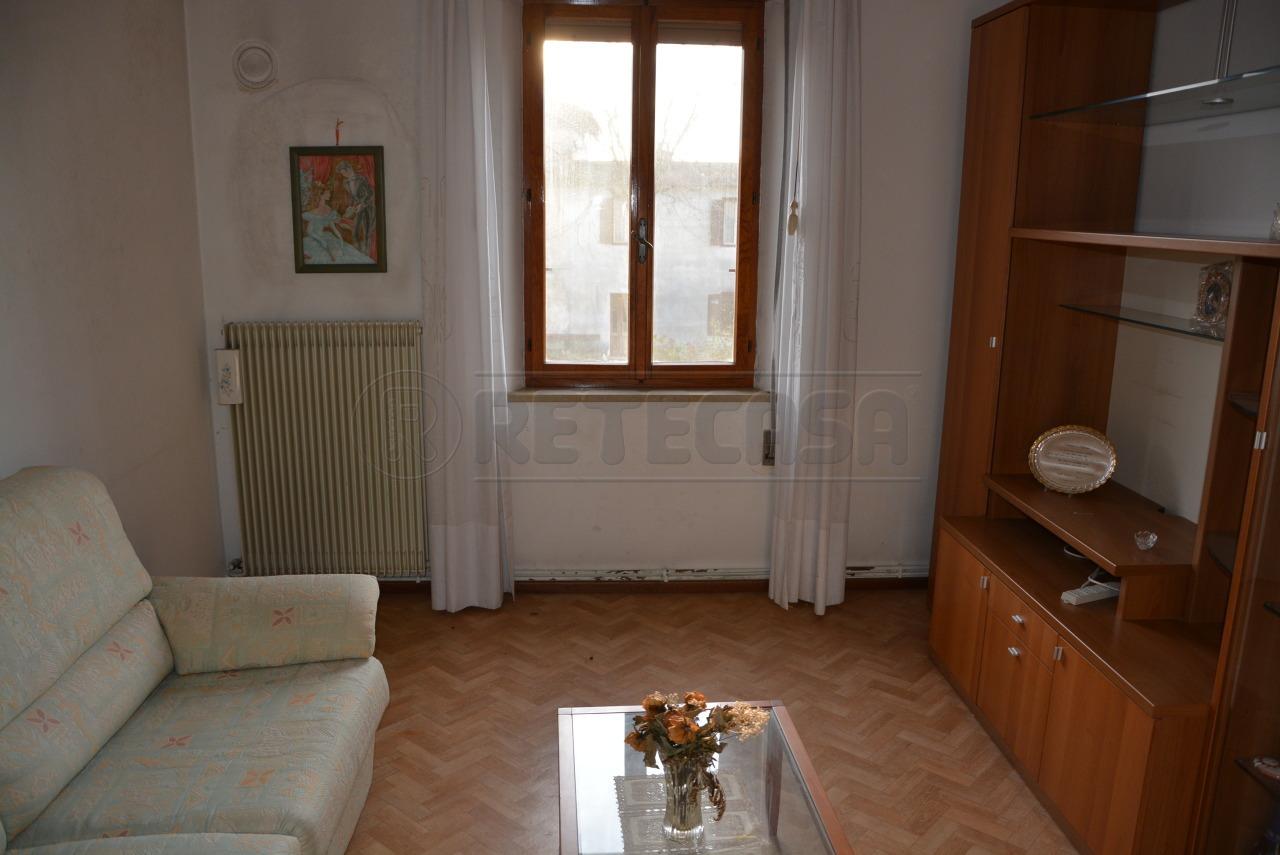 Bilocale Aiello del Friuli Via Genova Cavalleria 36 4