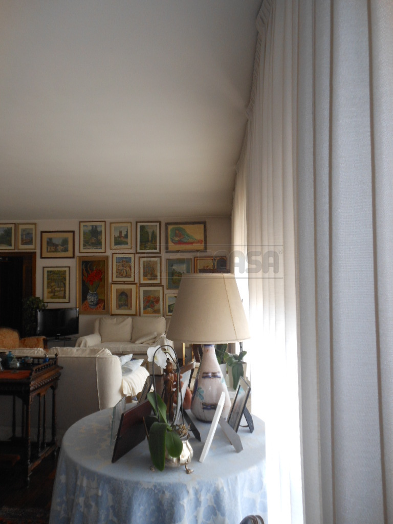 Appartamento in vendita a Bassano del Grappa, 6 locali, prezzo € 279.000 | Cambio Casa.it