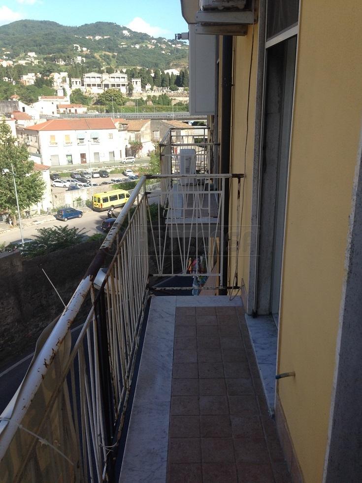 Bilocale Salerno Via Dei Casali 27 6