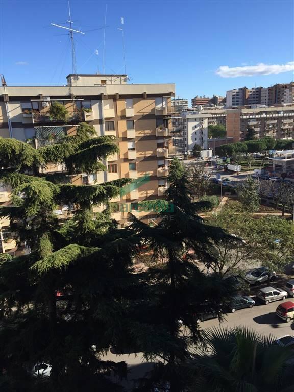Appartamento in vendita a Bari, 5 locali, prezzo € 330.000 | Cambio Casa.it