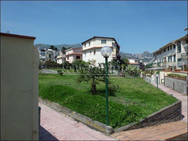 Bilocale Giardini Naxos  4