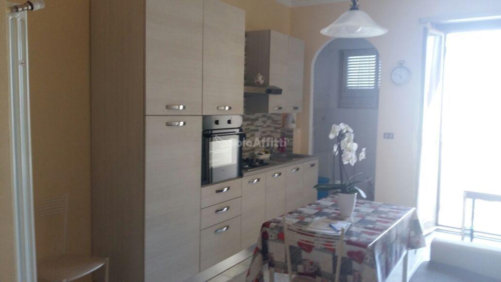 Appartamento in affitto a Nichelino, 3 locali, prezzo € 450   CambioCasa.it
