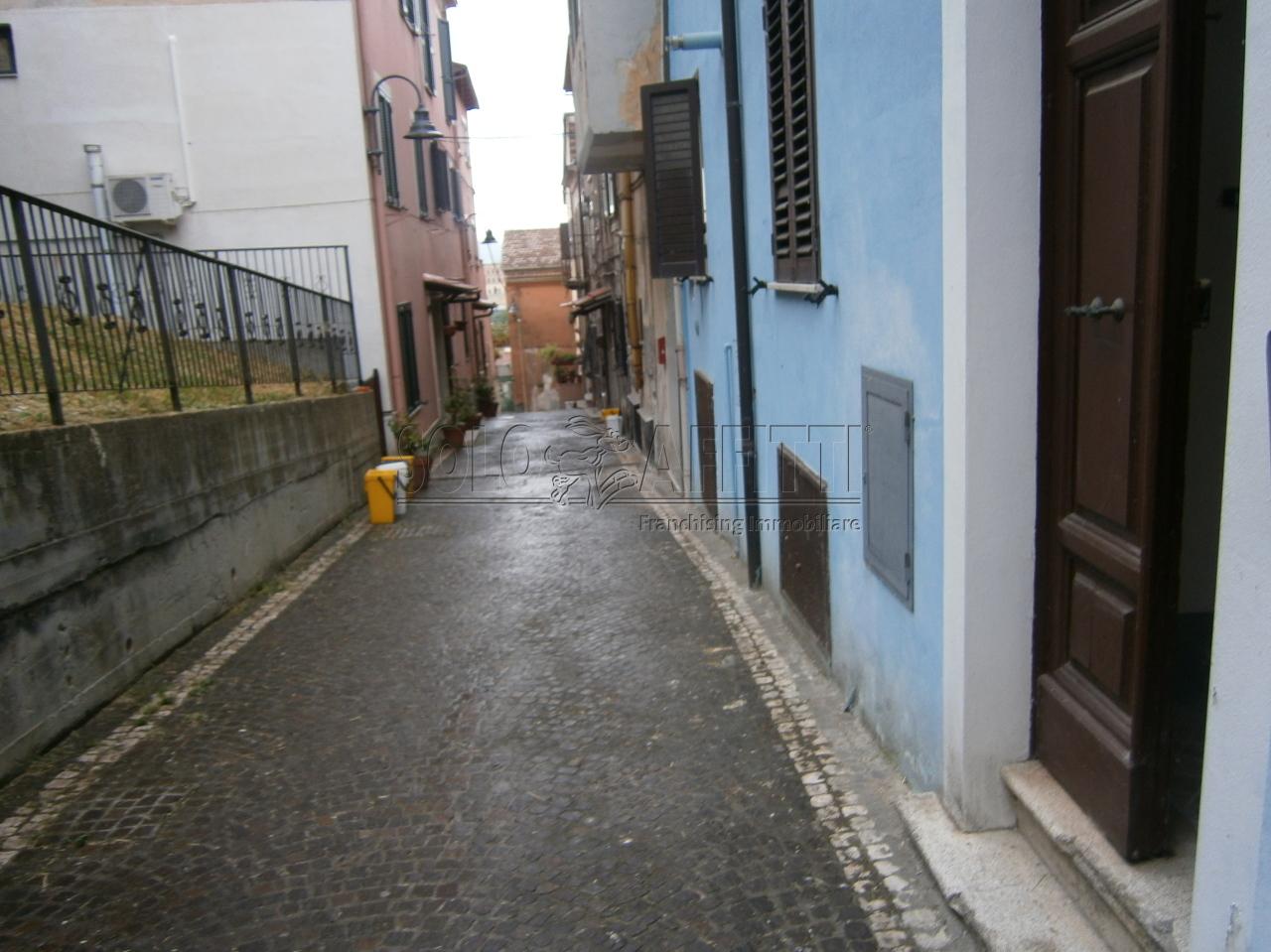Bilocale Frosinone Corso Della Repubblica 1 3