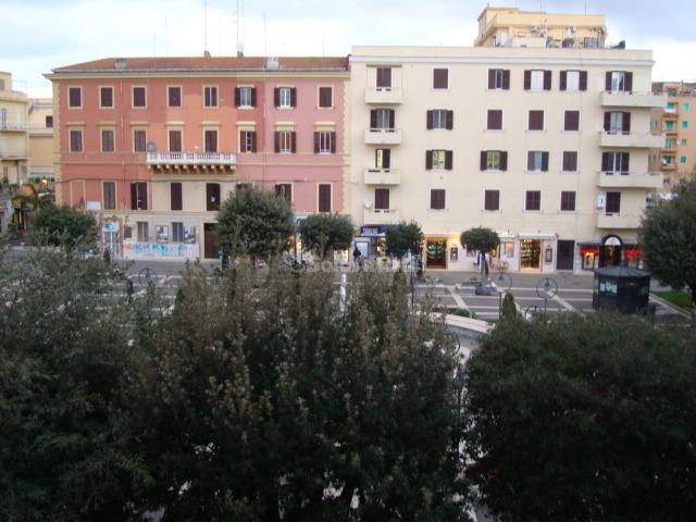 Bilocale Anzio Piazza Pia 10 11