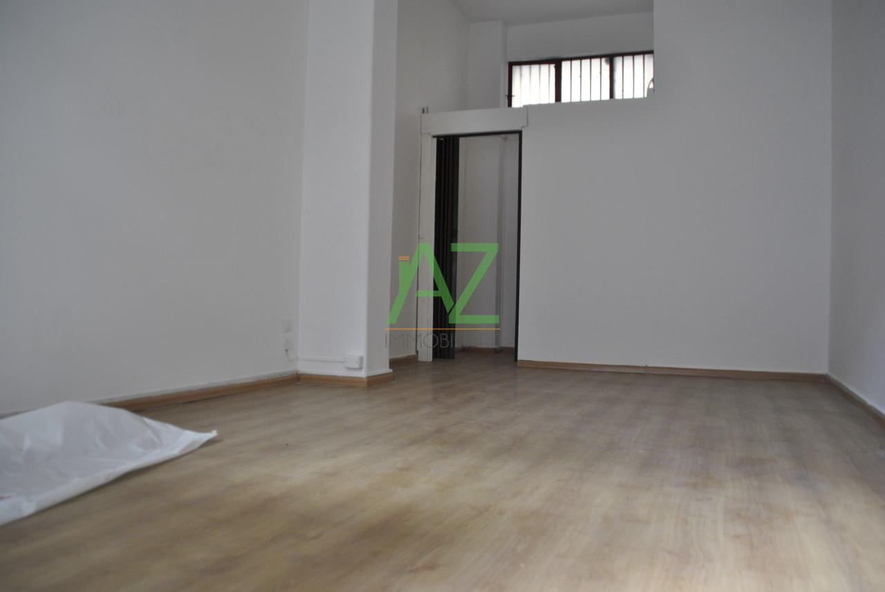 Negozio / Locale in affitto a Acireale, 1 locali, prezzo € 350 | Cambio Casa.it
