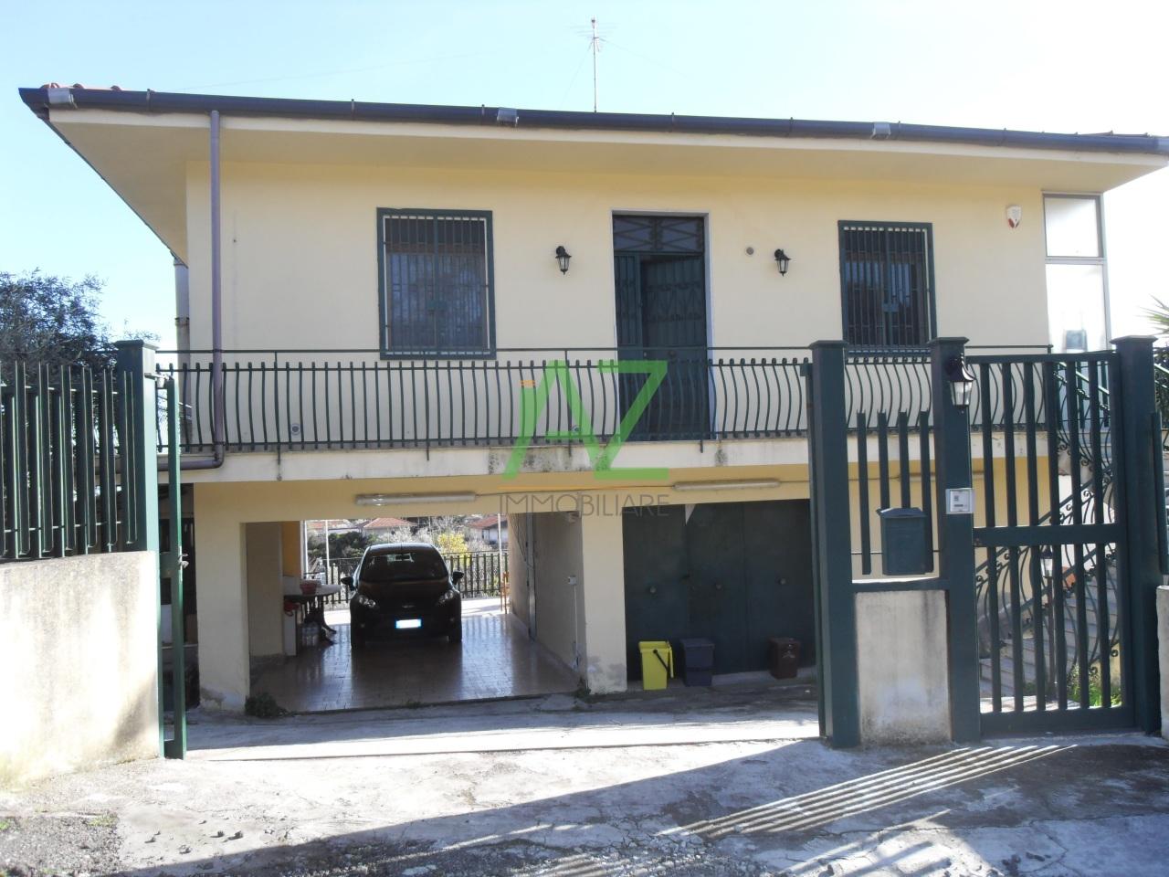 Villa in Vendita a Belpasso
