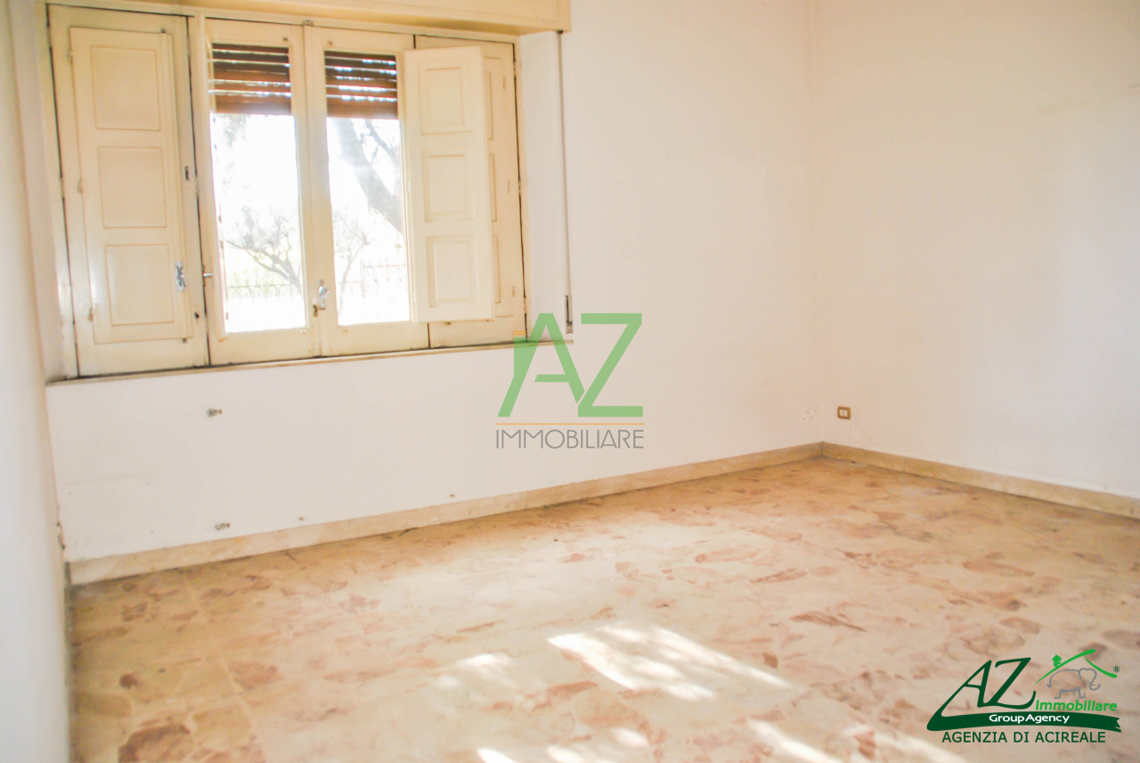 Appartamento in affitto a Santa Venerina, 4 locali, prezzo € 400 | Cambio Casa.it