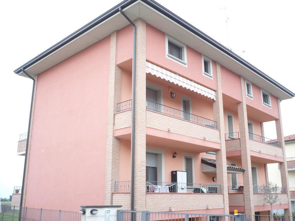 Bilocale Langhirano Via Fanti D'italia 5