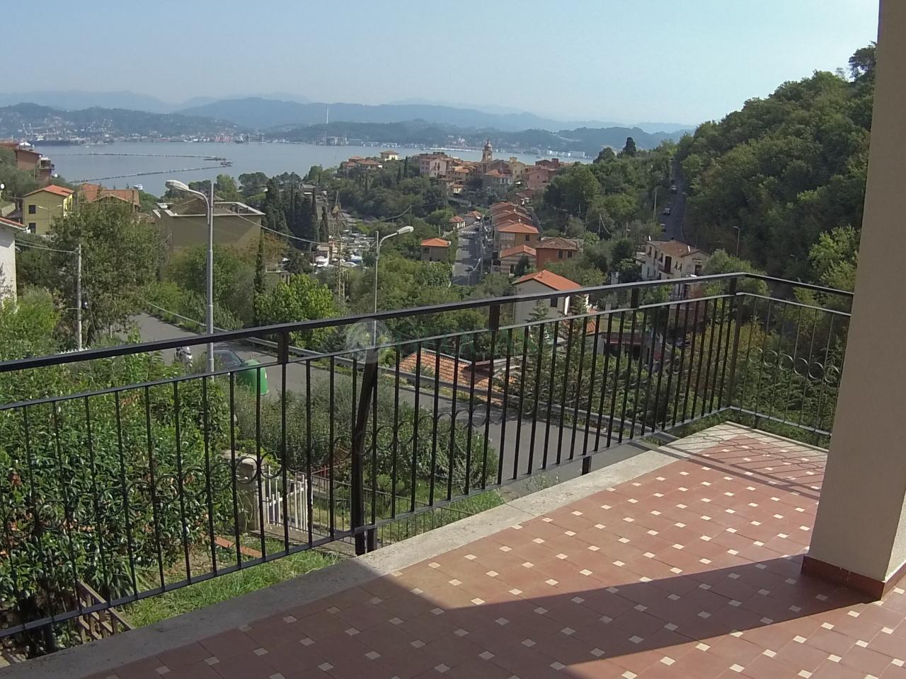 Soluzione Semindipendente in vendita a Portovenere, 5 locali, prezzo € 315.000   Cambio Casa.it