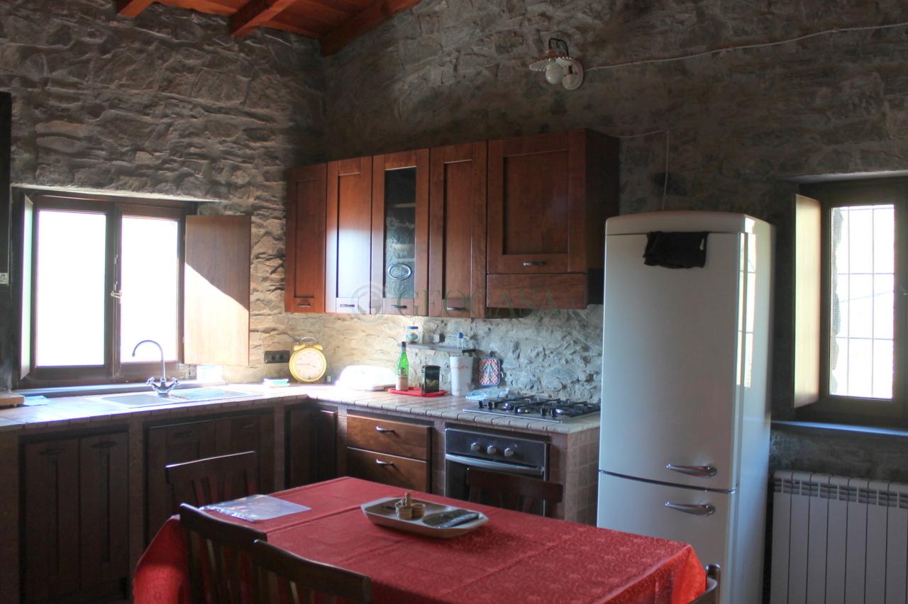 Soluzione Semindipendente in vendita a Tresana, 3 locali, prezzo € 135.000 | Cambio Casa.it