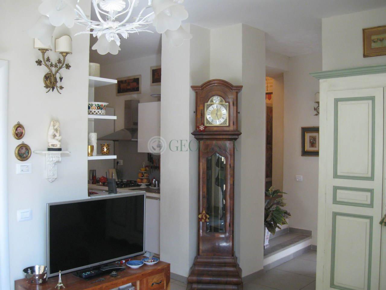 Appartamento in vendita a Tresana, 3 locali, prezzo € 120.000 | Cambio Casa.it
