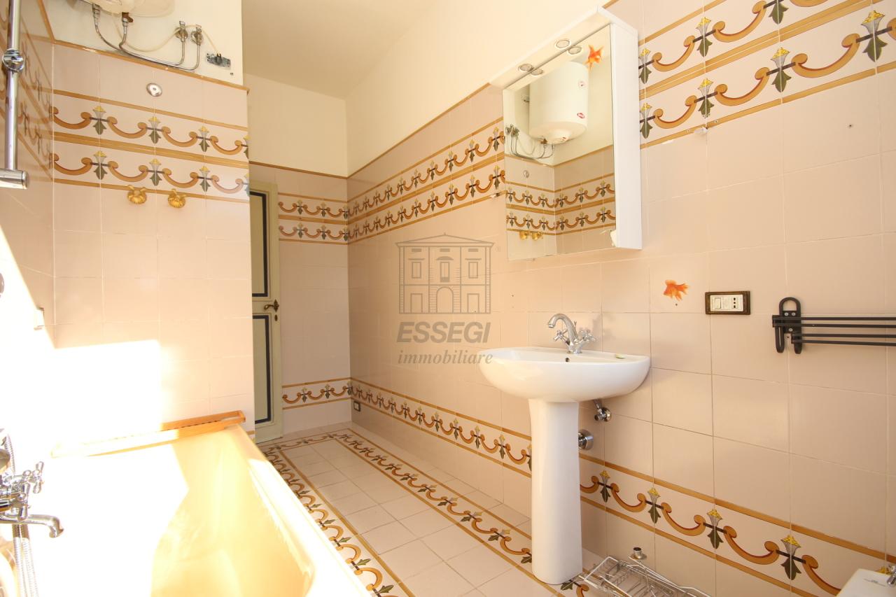 Appartamento Lucca Centro storico IA01519 img 6