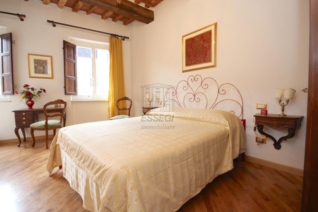 Appartamento Lucca Centro storico IA03309 img 12