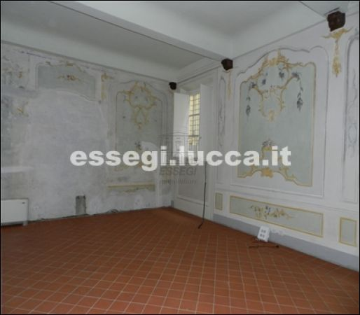 Bilocale Lucca Via Guinigi 4