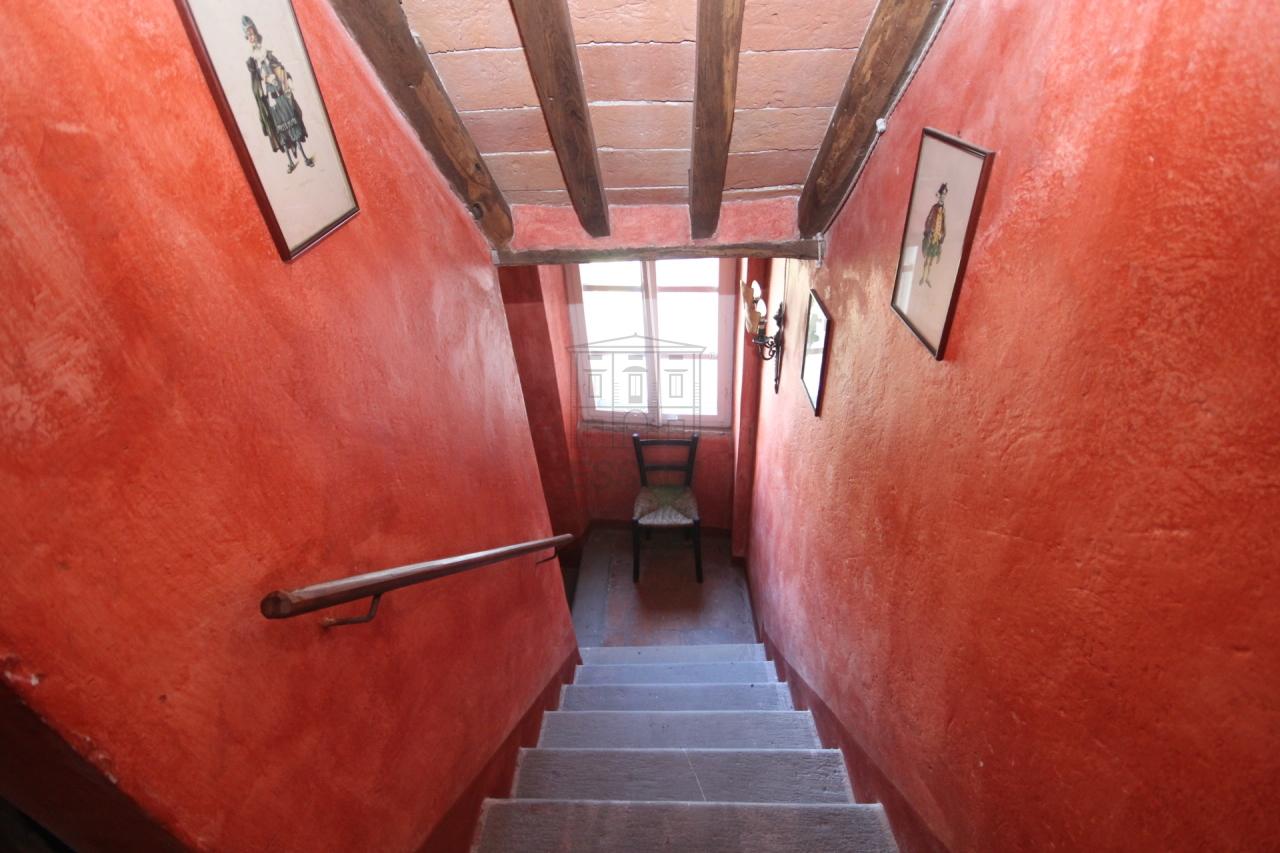 tipica casa toscana di paese sulle colline di lucca img 20