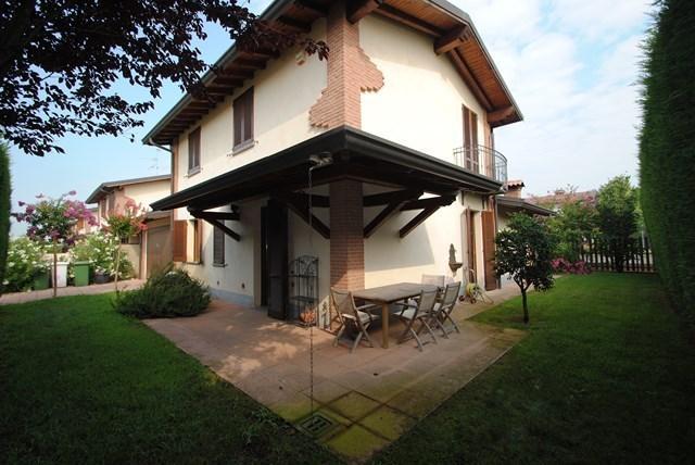Villa in Vendita a Borgarello