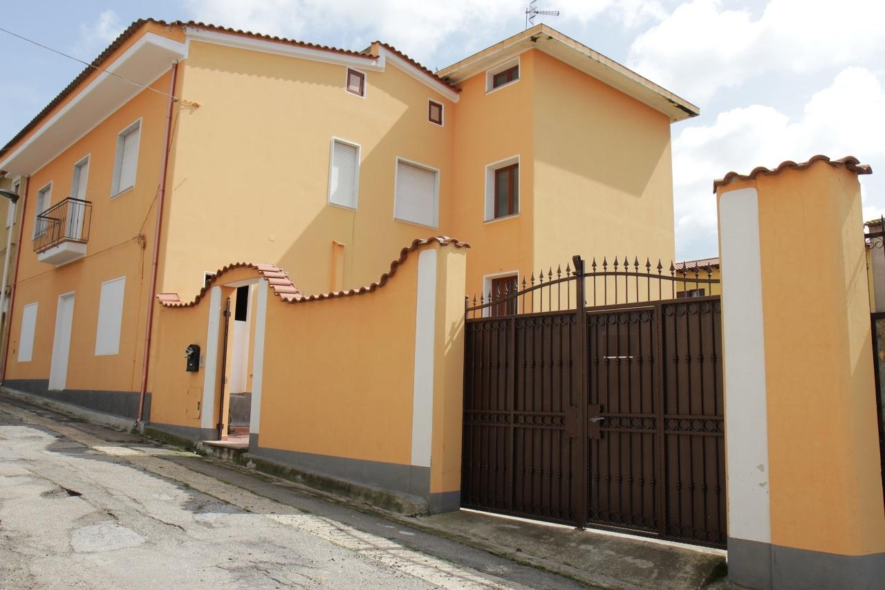 Soluzione Indipendente in vendita a Monastir, 5 locali, prezzo € 180.000 | Cambio Casa.it
