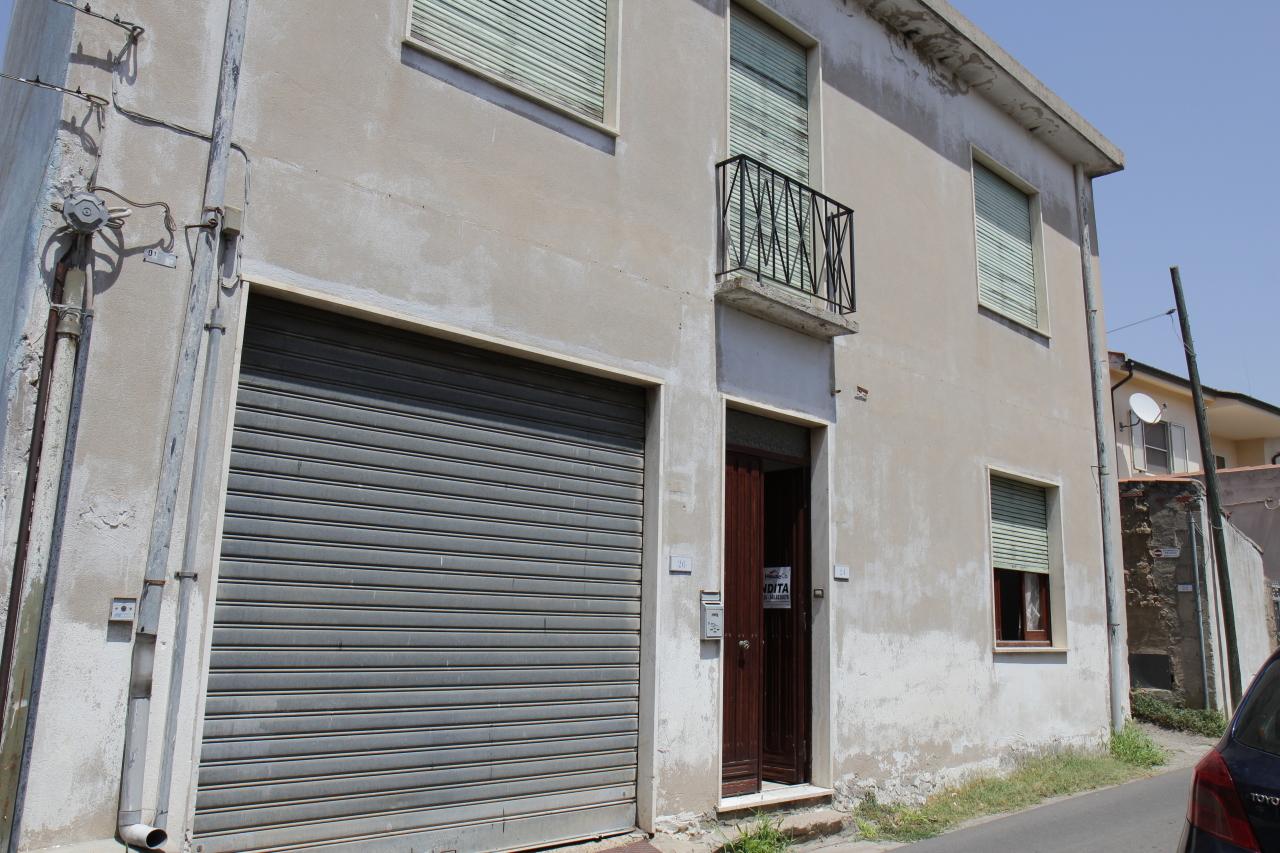 Soluzione Indipendente in vendita a San Sperate, 5 locali, prezzo € 125.000   CambioCasa.it