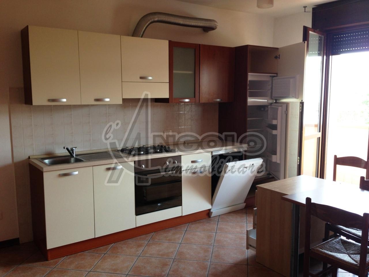 Appartamento in affitto a Occhiobello, 4 locali, prezzo € 450 | Cambio Casa.it