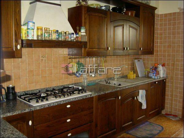 Appartamento in vendita a Fauglia, 5 locali, prezzo € 135.000 | Cambio Casa.it