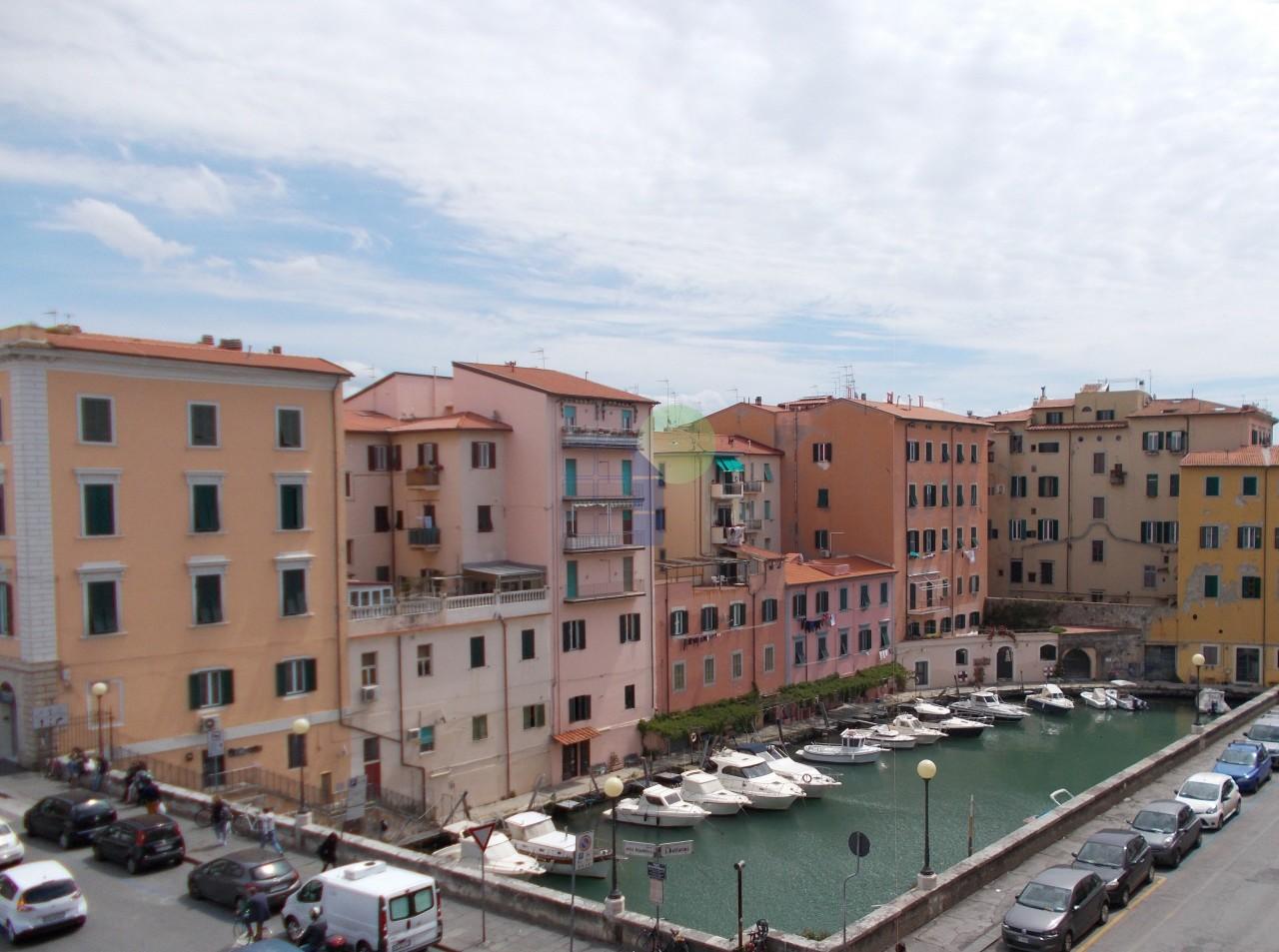APPARTAMENTO in Vendita a Centro, Livorno (LIVORNO)