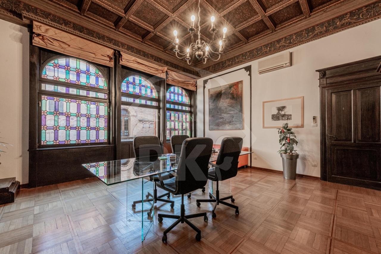 Ufficio in affitto a Centro Storico, Bologna (BO)