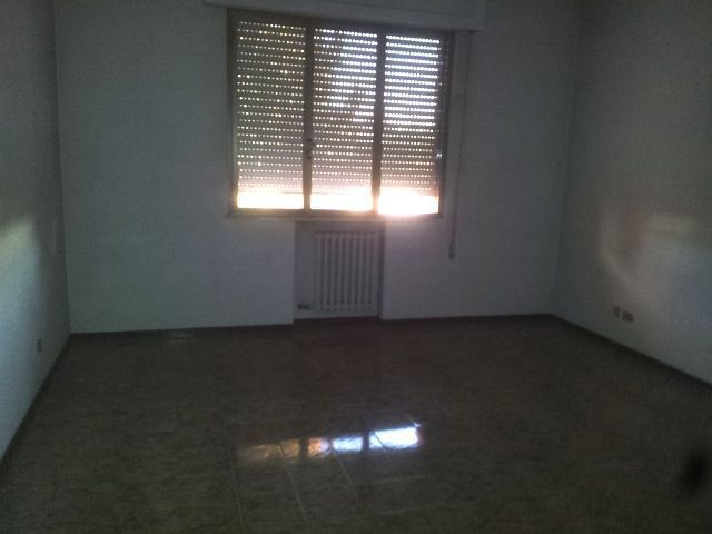 Appartamento in vendita a Ponte Buggianese, 5 locali, prezzo € 85.000 | CambioCasa.it