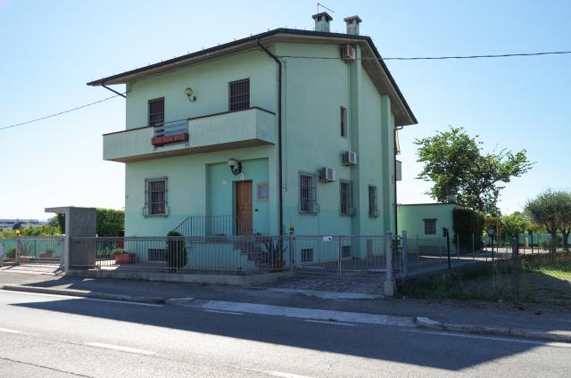 Vai alla scheda: Villa singola Vendita - Cesena (FC) - Codice -3354