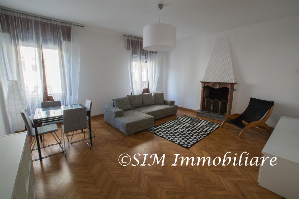 affitto appartamento novara   750 euro  4 locali  115 mq