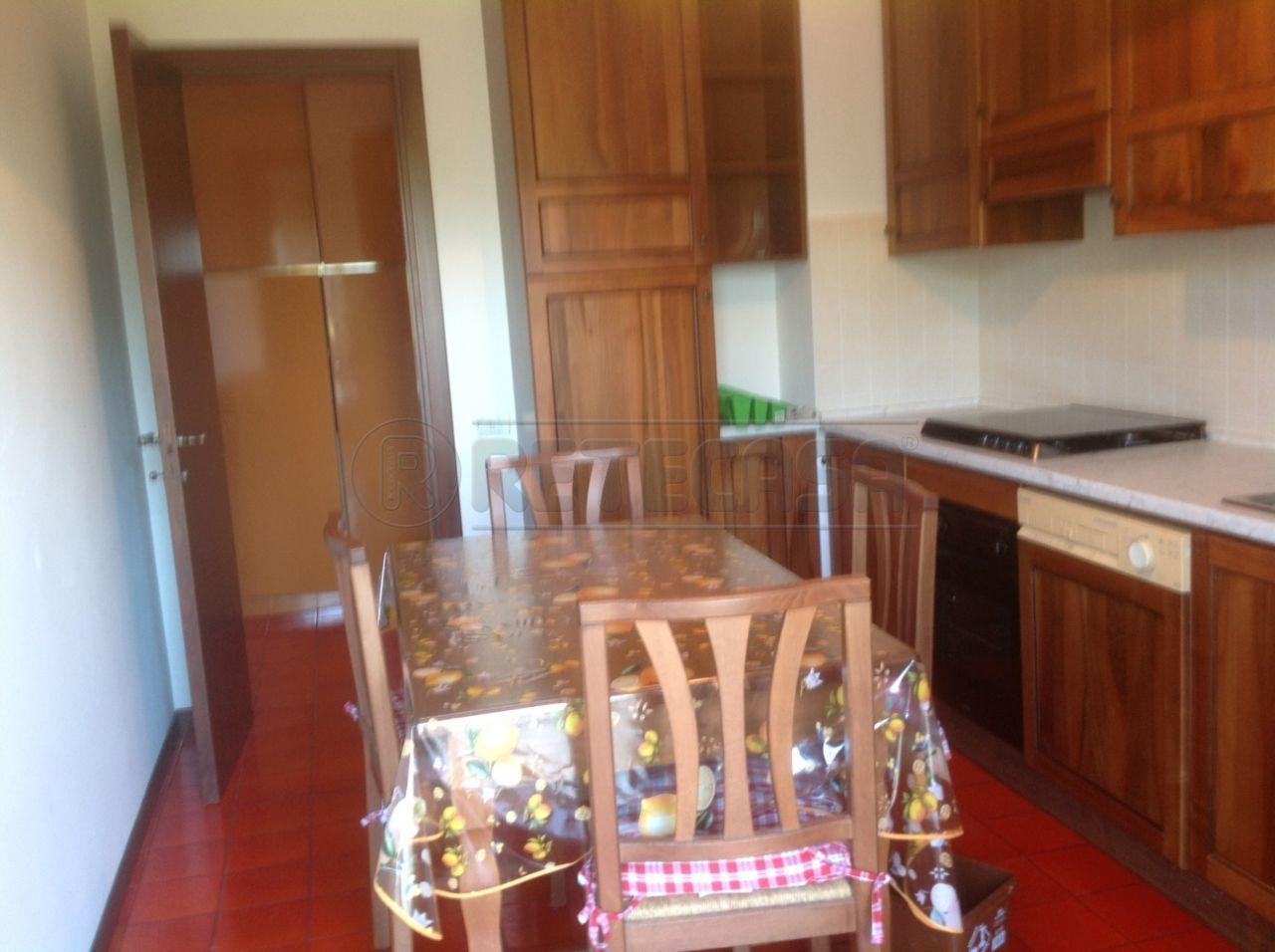 Bilocale Ancona Via Angelini 70 3