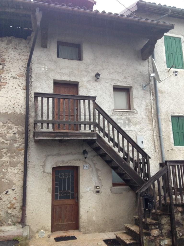 Bilocale Feltre Strada Della Villa 10 13