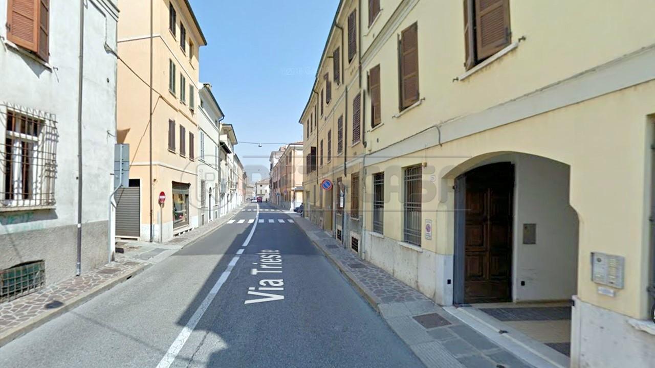 Appartamento in affitto a Mantova, 9999 locali, prezzo € 200 | Cambio Casa.it