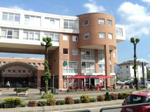 Negozio / Locale in vendita a Belluno, 2 locali, prezzo € 229.000   Cambio Casa.it