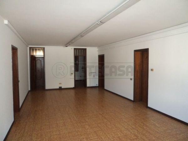 Ufficio / Studio in Affitto a Camposampiero