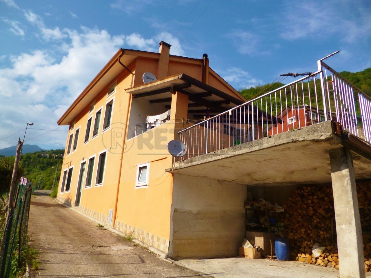 Soluzione Indipendente in vendita a Altissimo, 9999 locali, prezzo € 95.000 | Cambio Casa.it