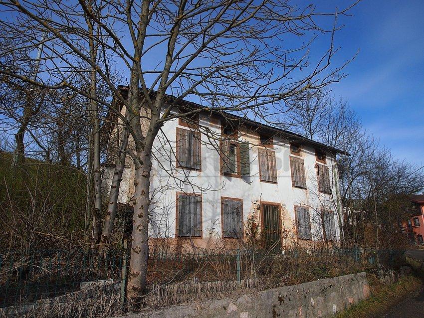 Rustico / Casale in vendita a Asiago, 5 locali, prezzo € 98.000 | Cambio Casa.it