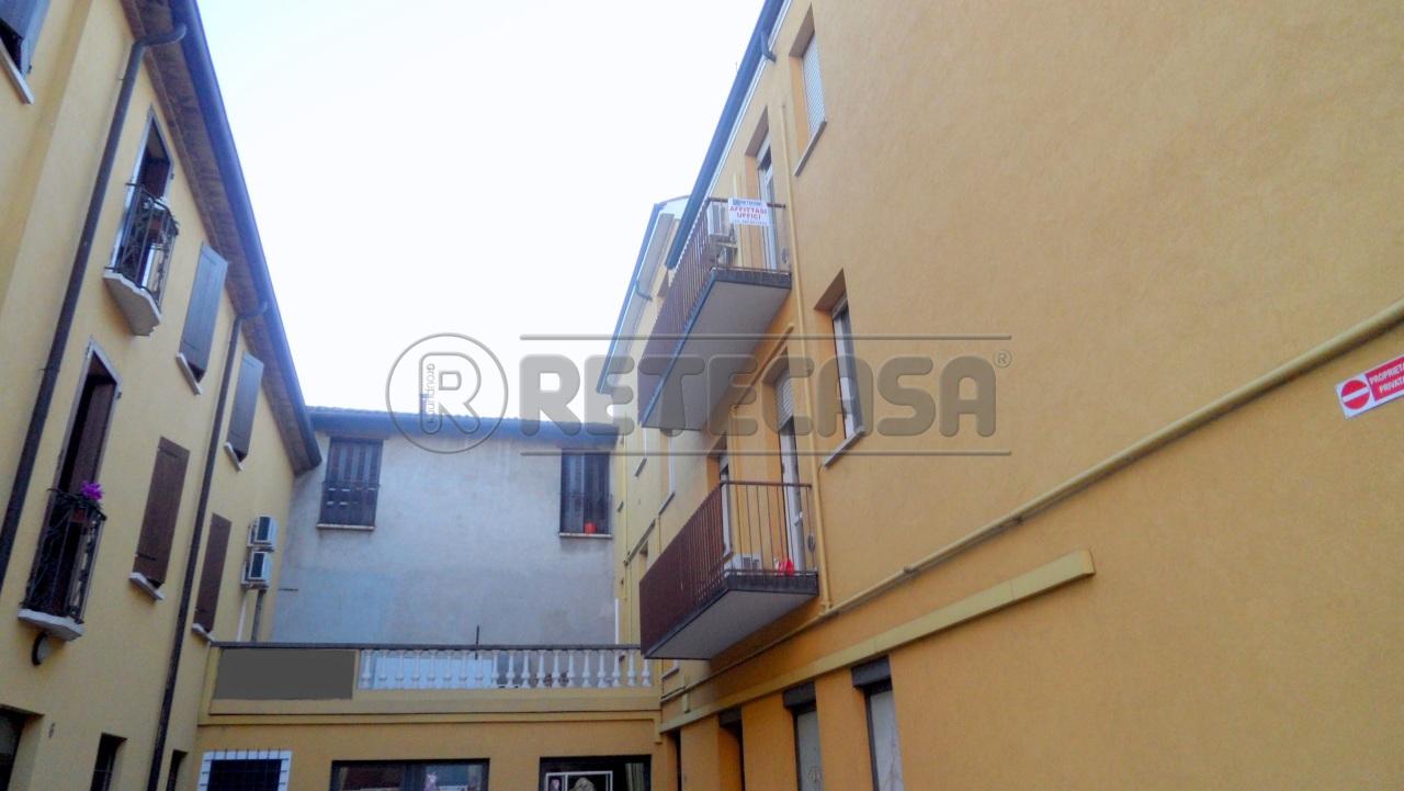Ufficio / Studio in affitto a Mantova, 9999 locali, prezzo € 600 | Cambio Casa.it